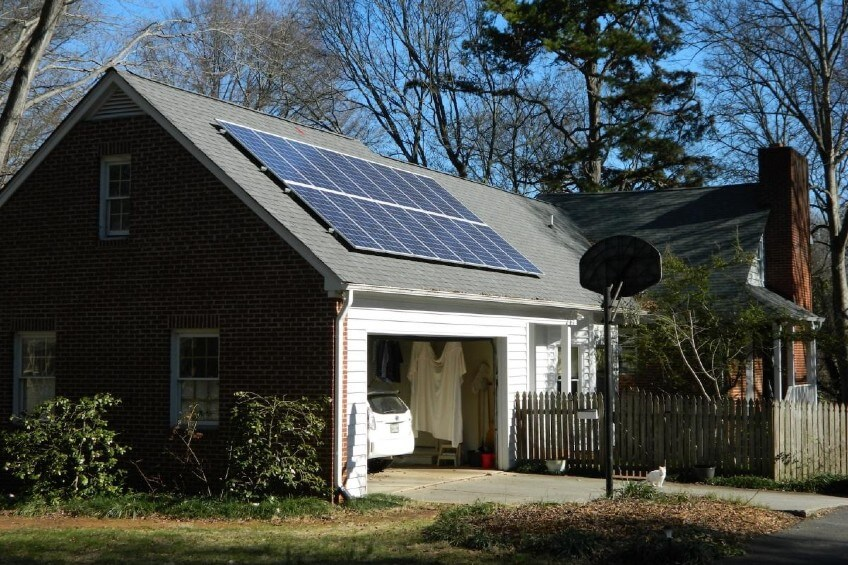 Dilworth Charlotte NC Solar Panel Installation Grid tied with Battery Backup